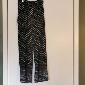 🚨 2 for $30 💘 Suzy Shier Pants, size Larg